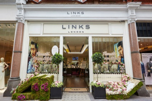 Links of London is closing down.