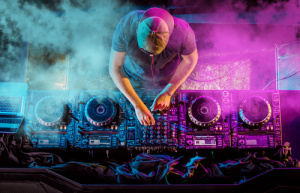 DJ finance vs outright purchase: what's right for you?