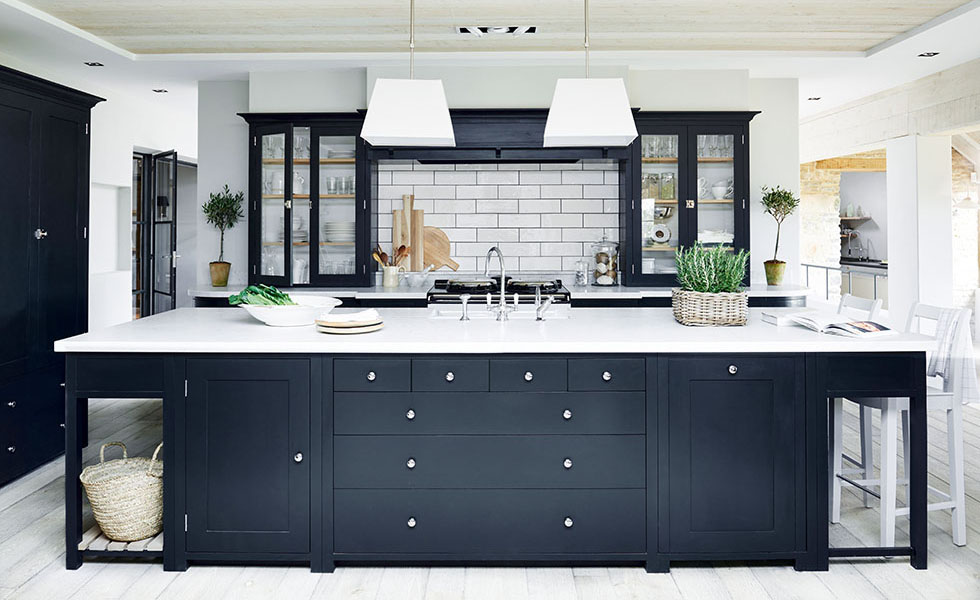 8. Neptune Suffolk kitchen in Charcoal from £11,000