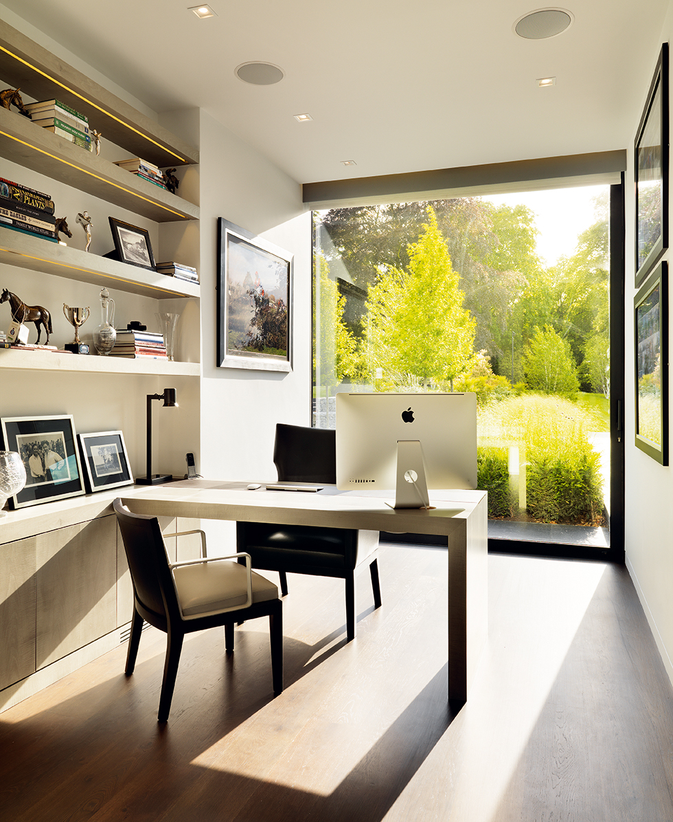 Home office by Gregory Philips