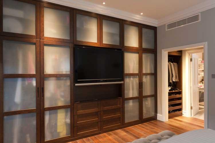 Chelsea Wardrobe With Translucent Door Panels