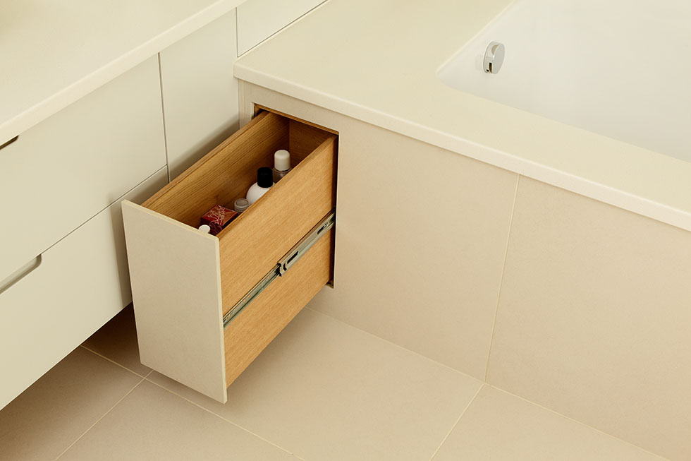 Great bathroom storage ideas real homes for 26 great bathroom storage ideas
