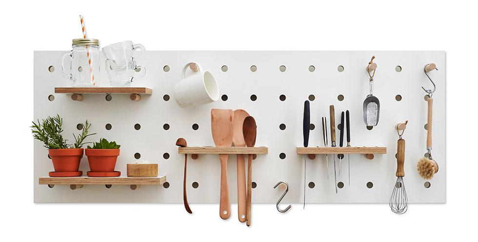 HANG-A-FLEXIBLE-PEGBOARD-pegboard-rack-150625-Kreisdesign_Chefs-Edition-pegboard_cutout_1_V2.jpg.jpeg