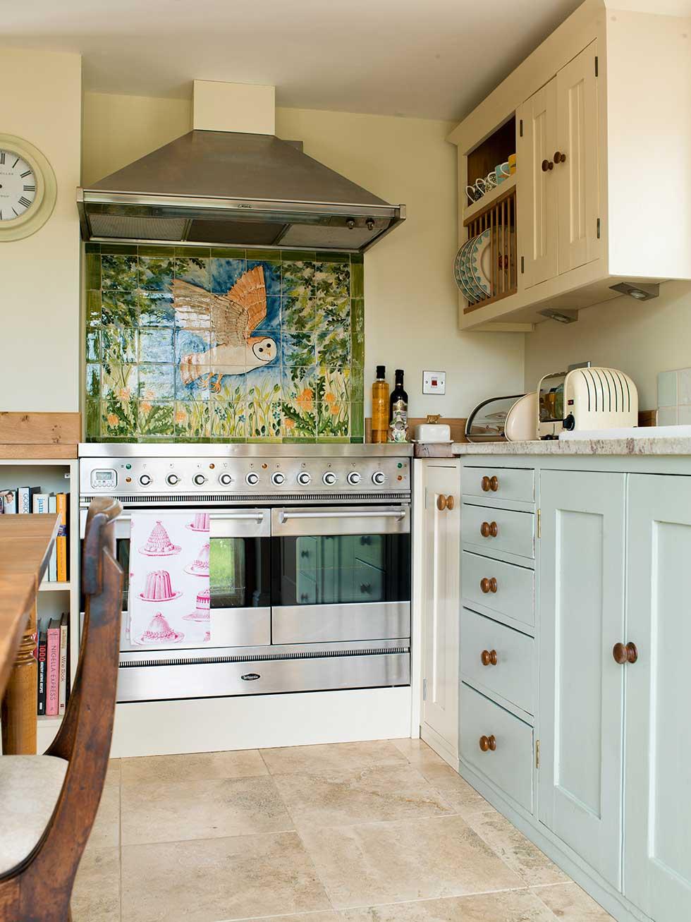 rush-kitchen-cooker-extractor