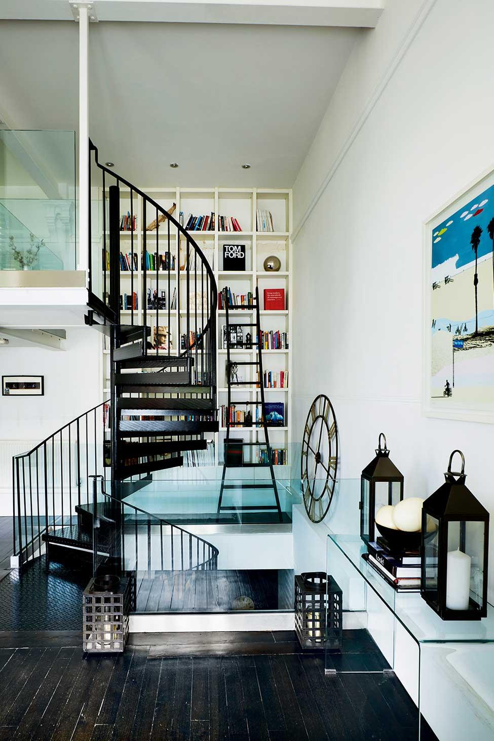 paugh-loft-spiral-staircase