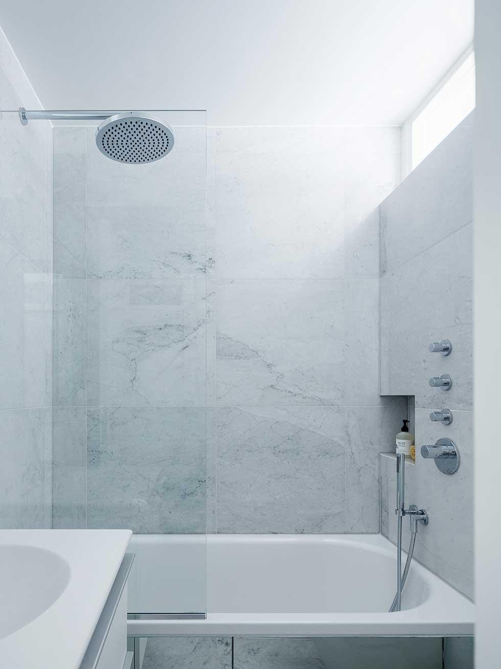 london flat small marble bathroom