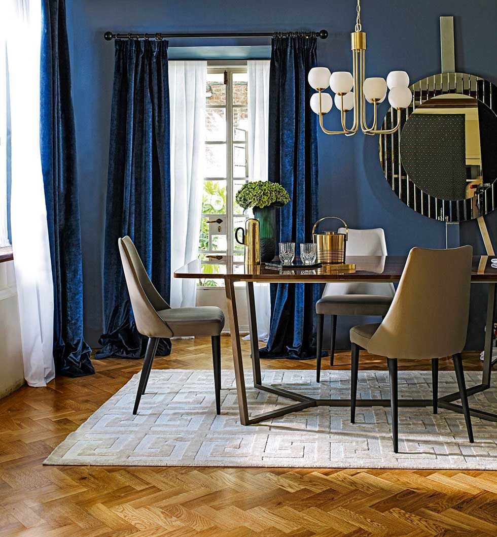 16 ways to use blue in your interior scheme Real Homes : 1john lewis dark blue dining area eclectic from www.realhomesmagazine.co.uk size 980 x 1058 jpeg 146kB