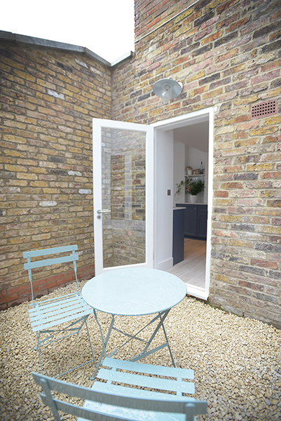 London flat extension courtyard area