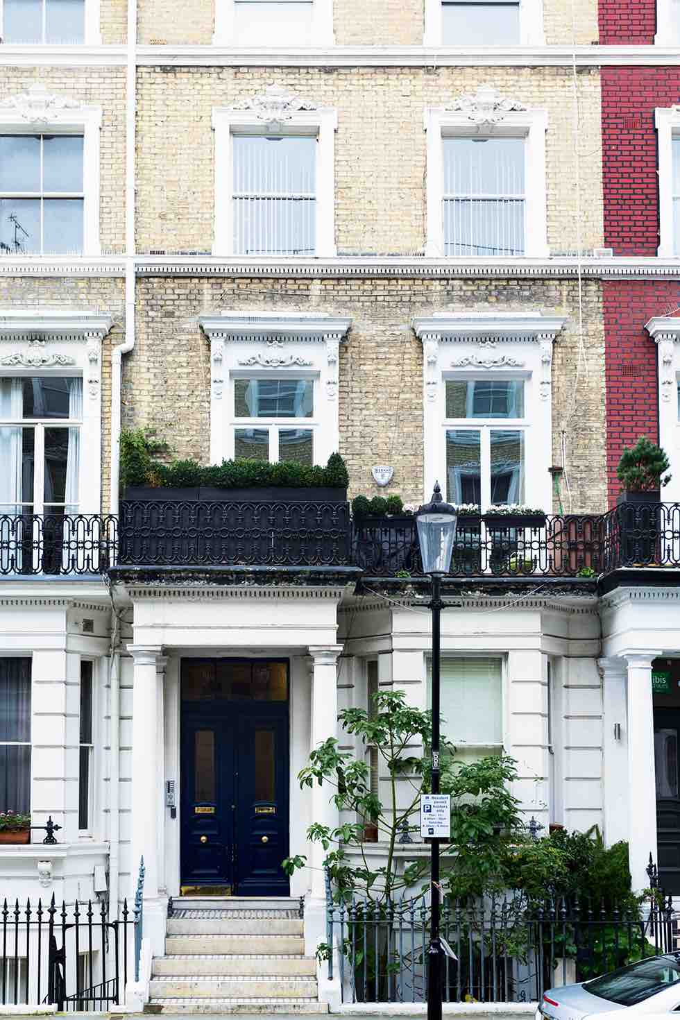 Small london flat building exterior