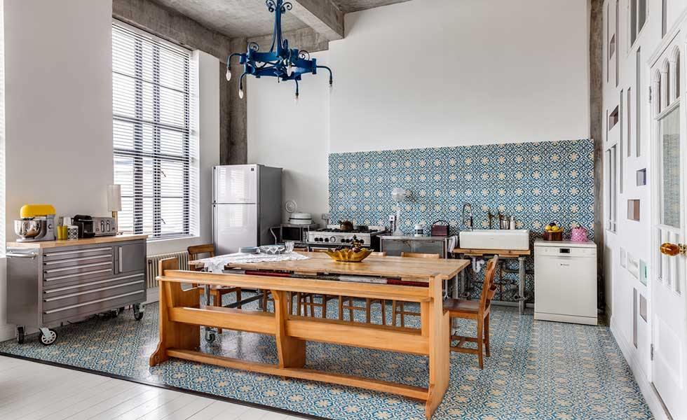 loft-apartment-kitchen-tiles