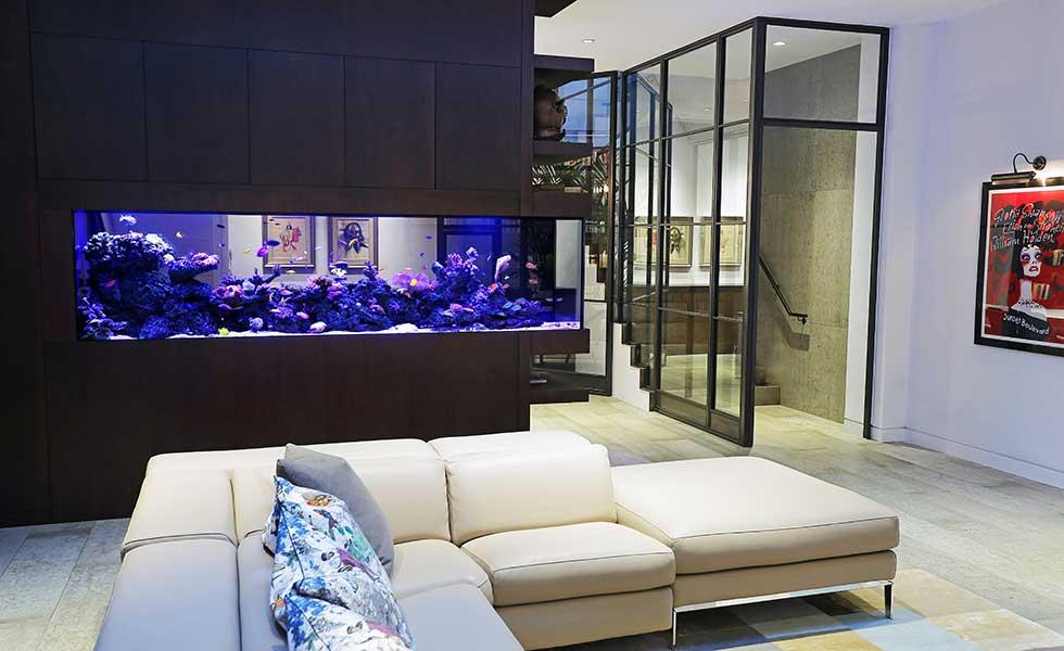 living room aquarium stunning living room designs with aquarium interior design of aquarium in. Black Bedroom Furniture Sets. Home Design Ideas