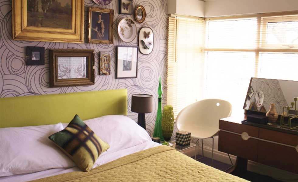 How to create a Mid-century-style bedroom