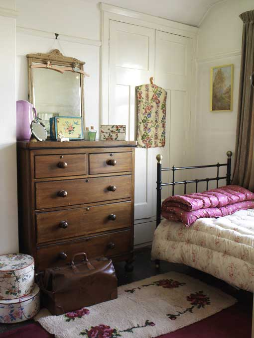 Choose antique furniture for a vintage style bedroom. How to create a vintage style bedroom   Real Homes