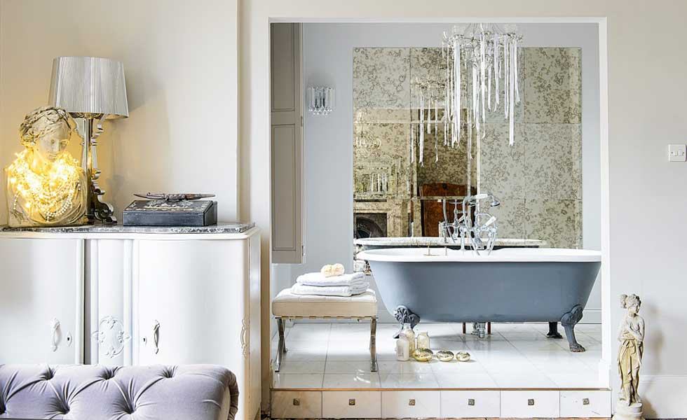 mirrored wall spa style bathroom