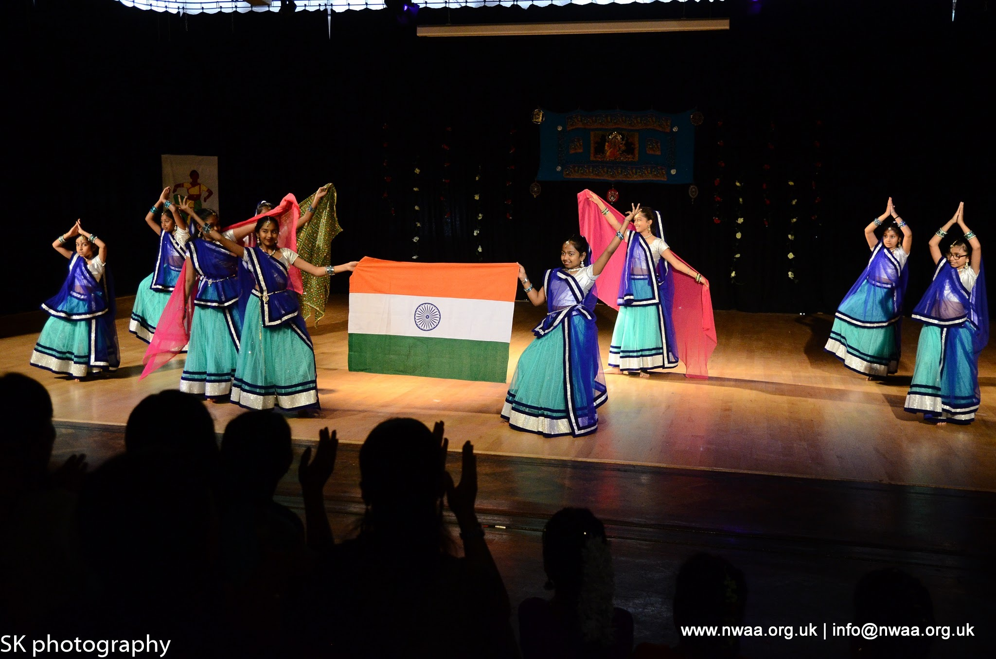 North West Asian Arts - Rhythm of India 2016 - Mandhata Group - Folk Dancing