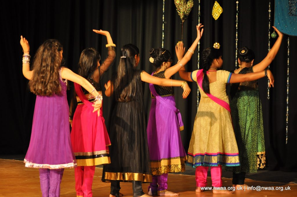 Naye Sitaare 2015 - North West Asian Arts - Kids Bollywood