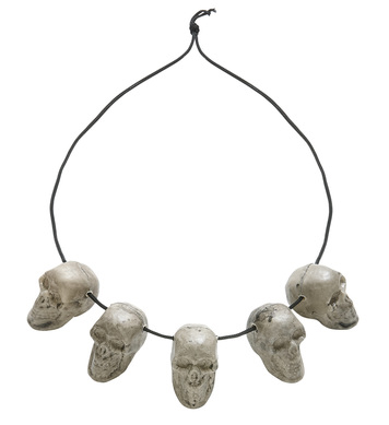 5 SKULL NECKLACE