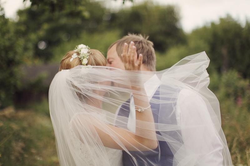Anna & Andrew ♡ Handsworth Methodist Church & Masson Farm, Matlock Wedding