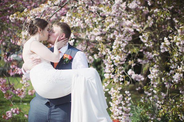 Ringwood Hall wedding | Chesterfield wedding photography | Sheffield wedding photography | Natural wedding photographer Sheffield | Beautiful spring wedding venue |