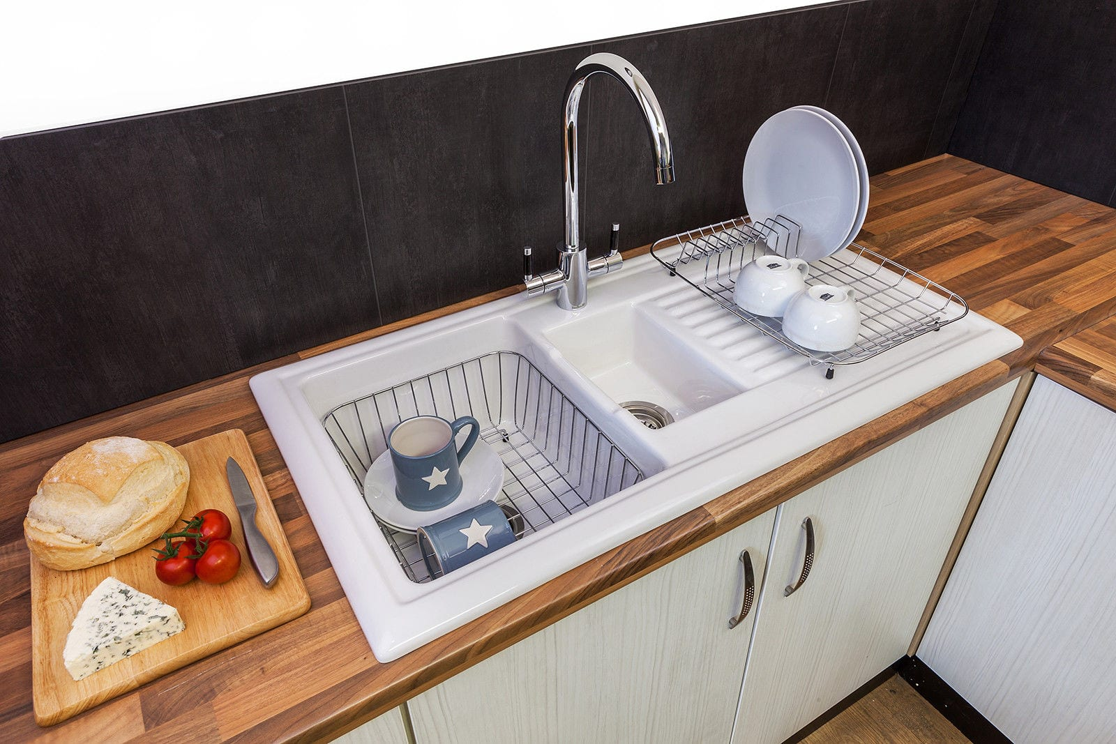 What type of kitchen sink should i buy