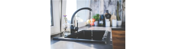 Stainless Steel vs. Composite Sinks – Which Should You Choose?