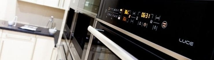 Hotpoint New Luce Built-In Appliances