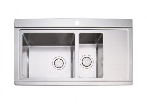 Clearwater Glacier Stainless Steel 1.5 Bowl Sink & Silver Glass Chopping Boards