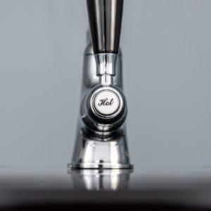 Reginox EASY325 1.5 Bowl Black Granite Kitchen Sink And Brooklyn Swan Neck Tap