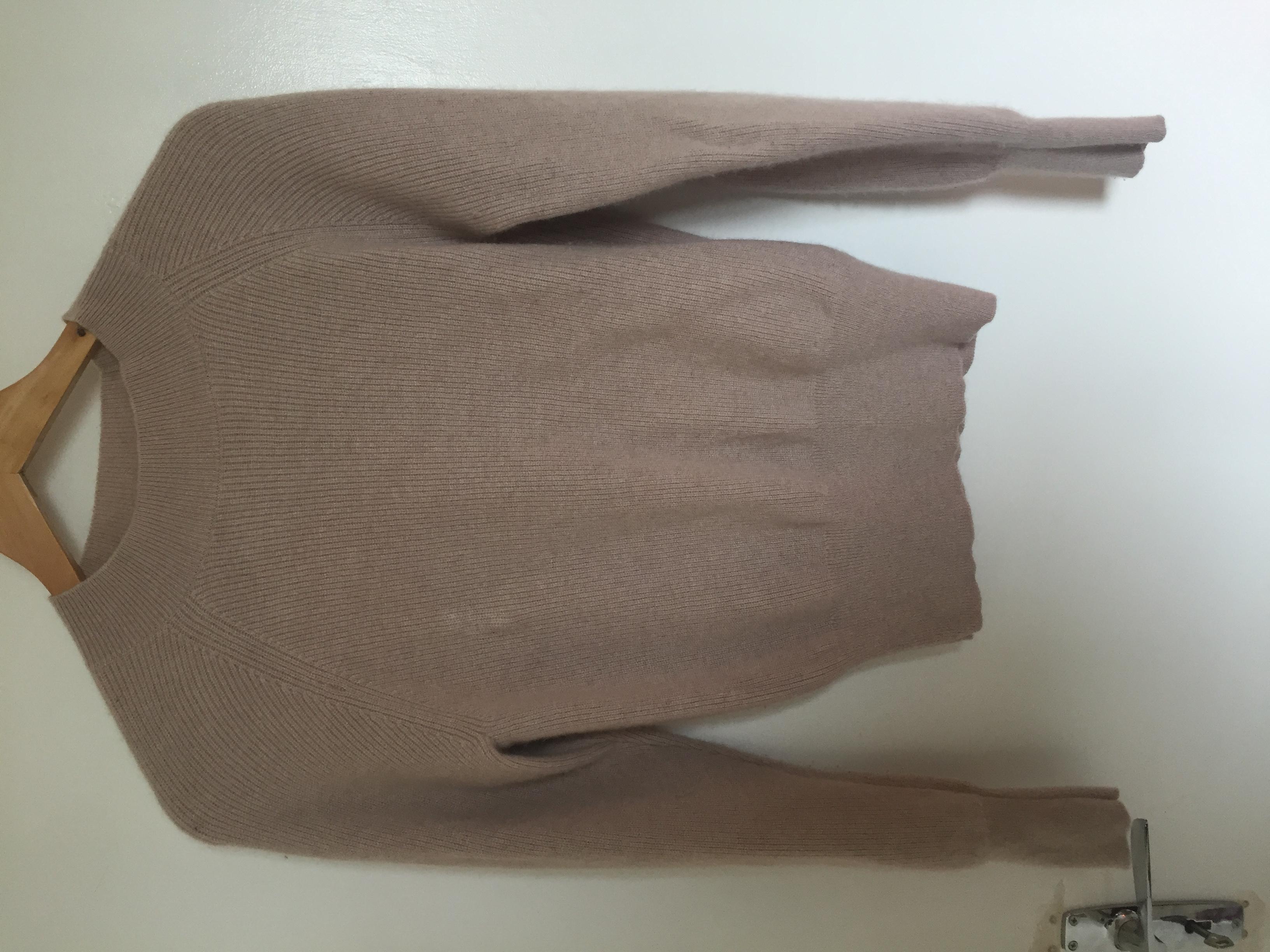Image of H&M Cashmere pale pink jumper