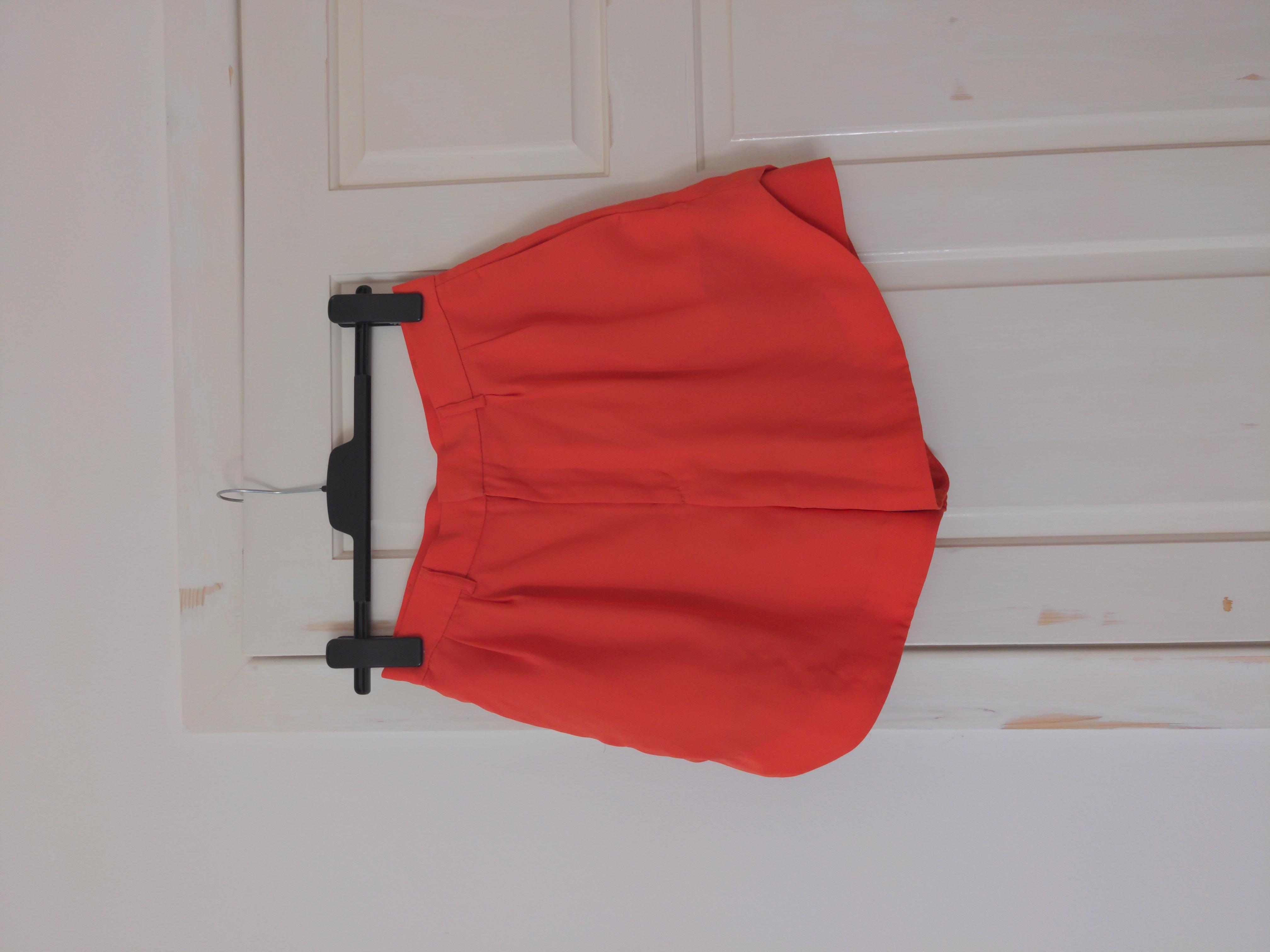 Image of GVGV for Uniqlo Orange Crepe High Waisted Shorts