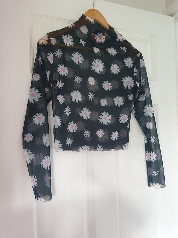 Image of Jungle Club Long sleeve mesh daisy pattern top