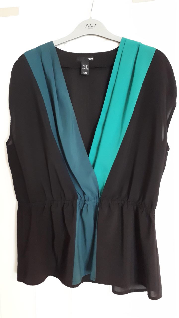 Image of H&M H&M Sleeveless top size 16