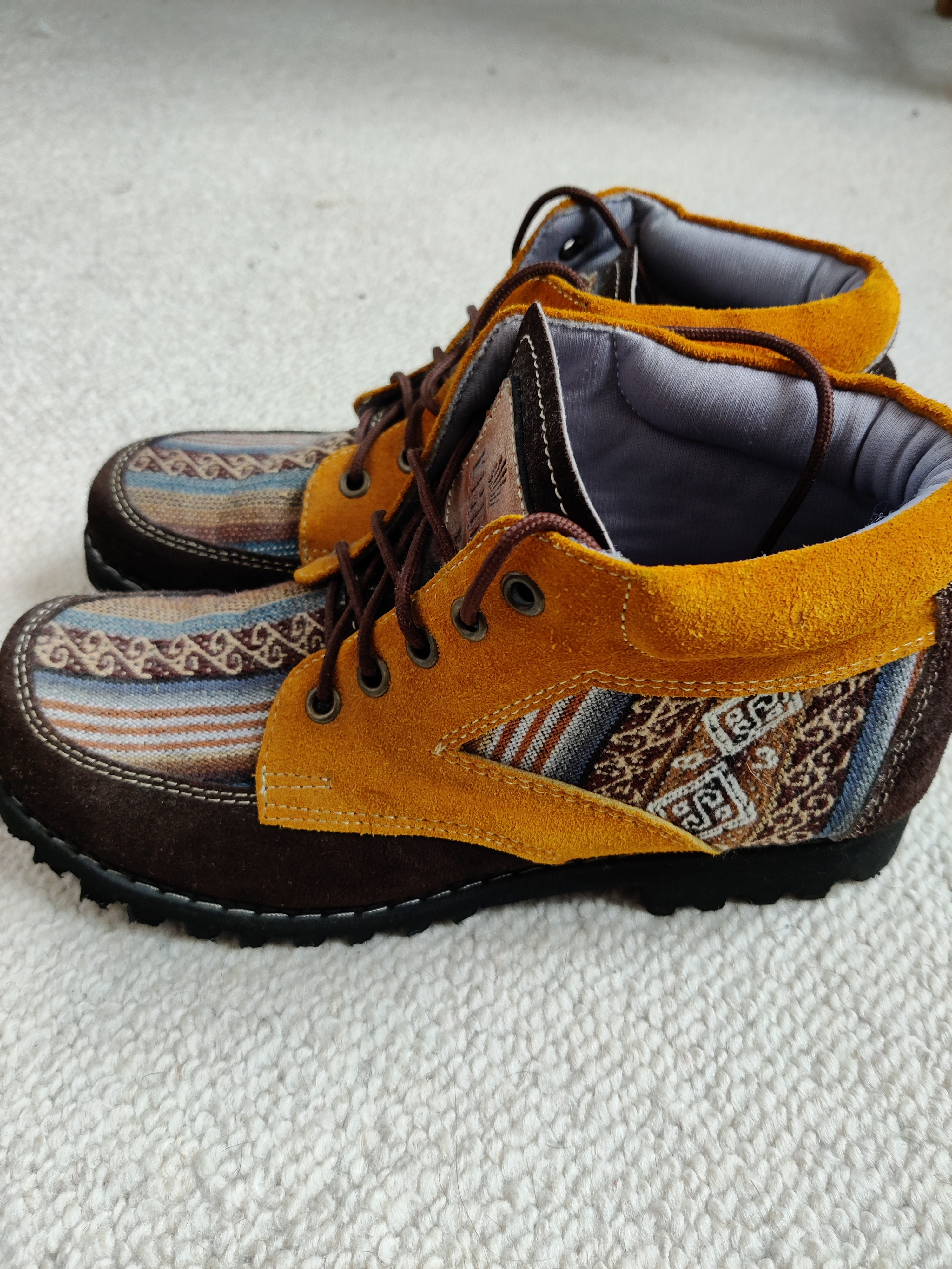 Image of Khipu Handmade shoes from Peru - size 5