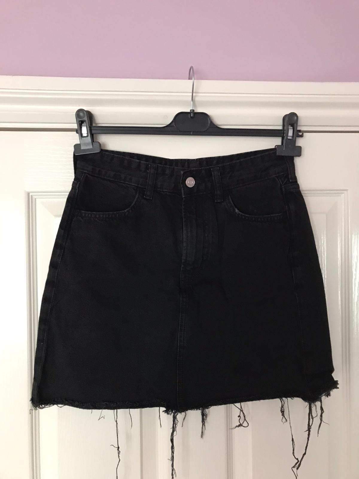 Image of H&M Black Denim Skirt