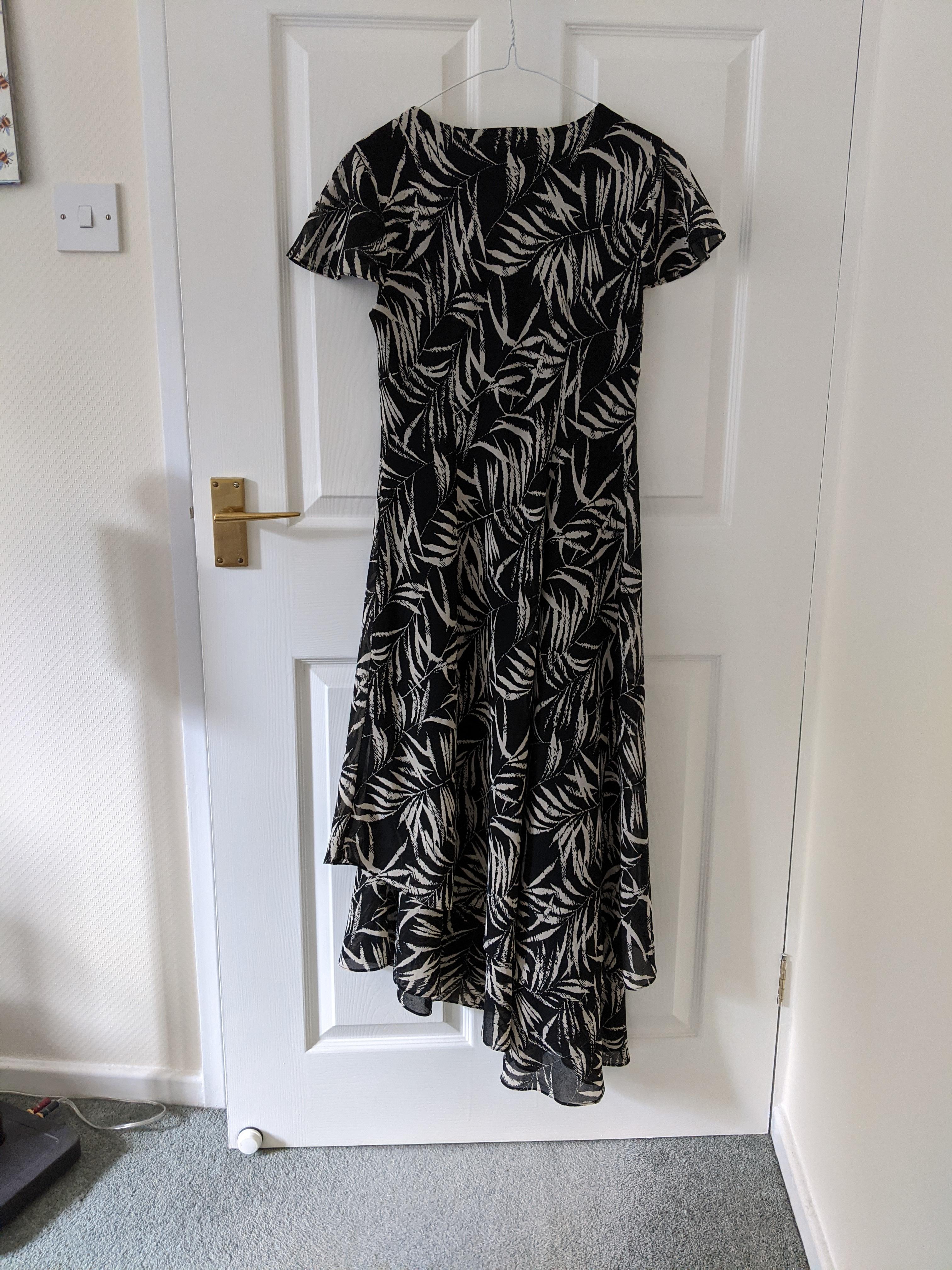Image of Laurel Leaf print dress