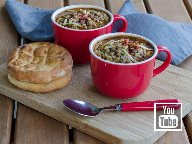 Erişteli Yeşil Mercimek Çorbası Tarifi (videolu)