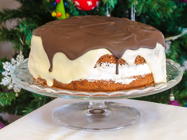 Çikolata Kremalı Pasta Tarifi