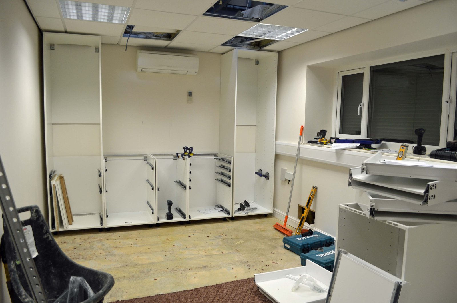 Studio kitchen started