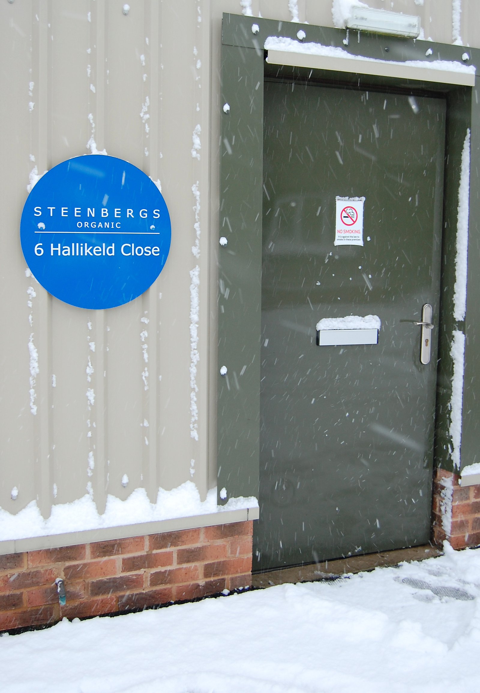 Snowy days at Steenbergs Organic