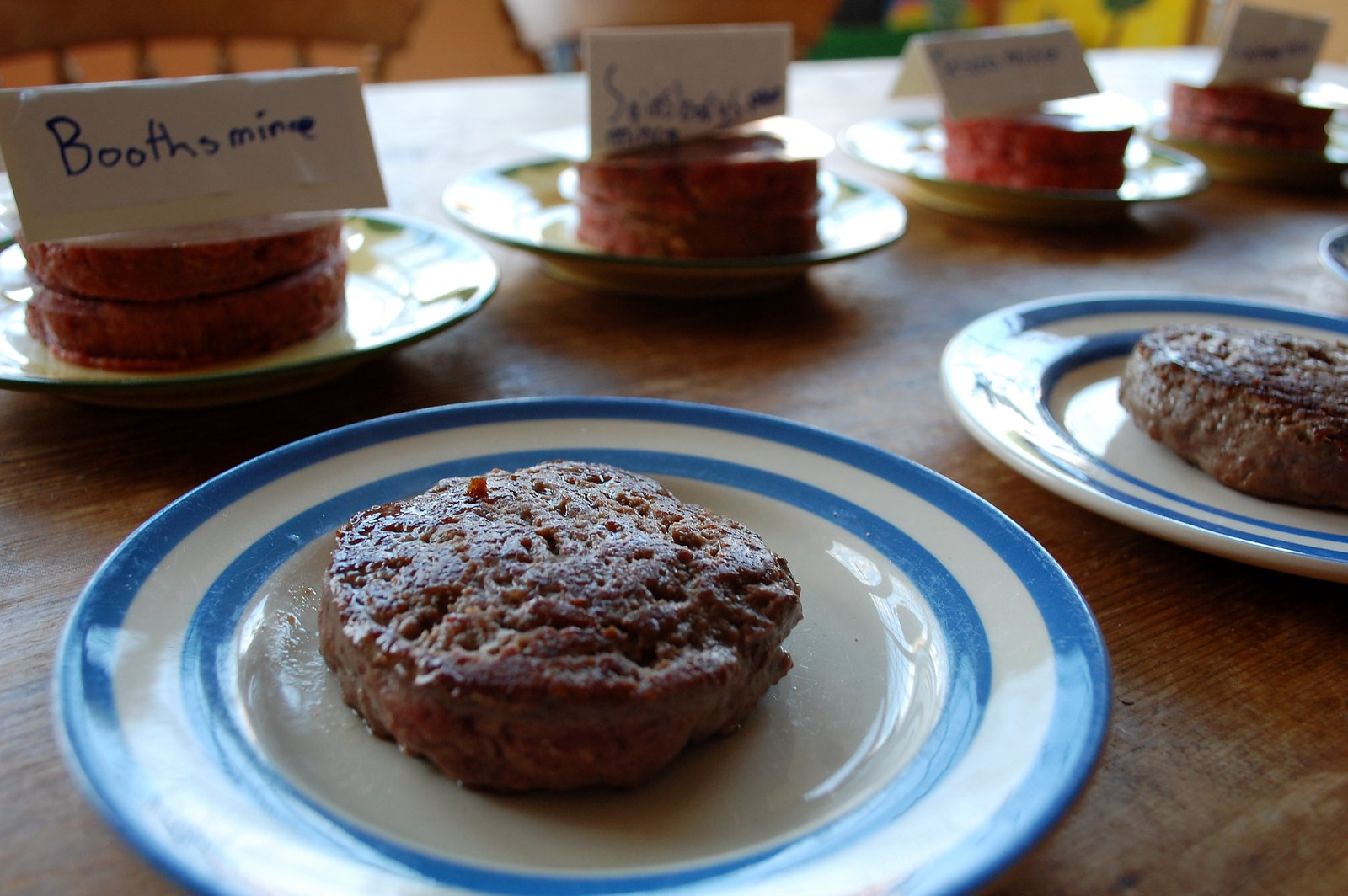 Tasting Beefburgers Made From Supermarkets' Steak