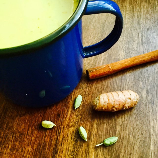 Recipe for a delicious warming cardamom and turmeric almond drink