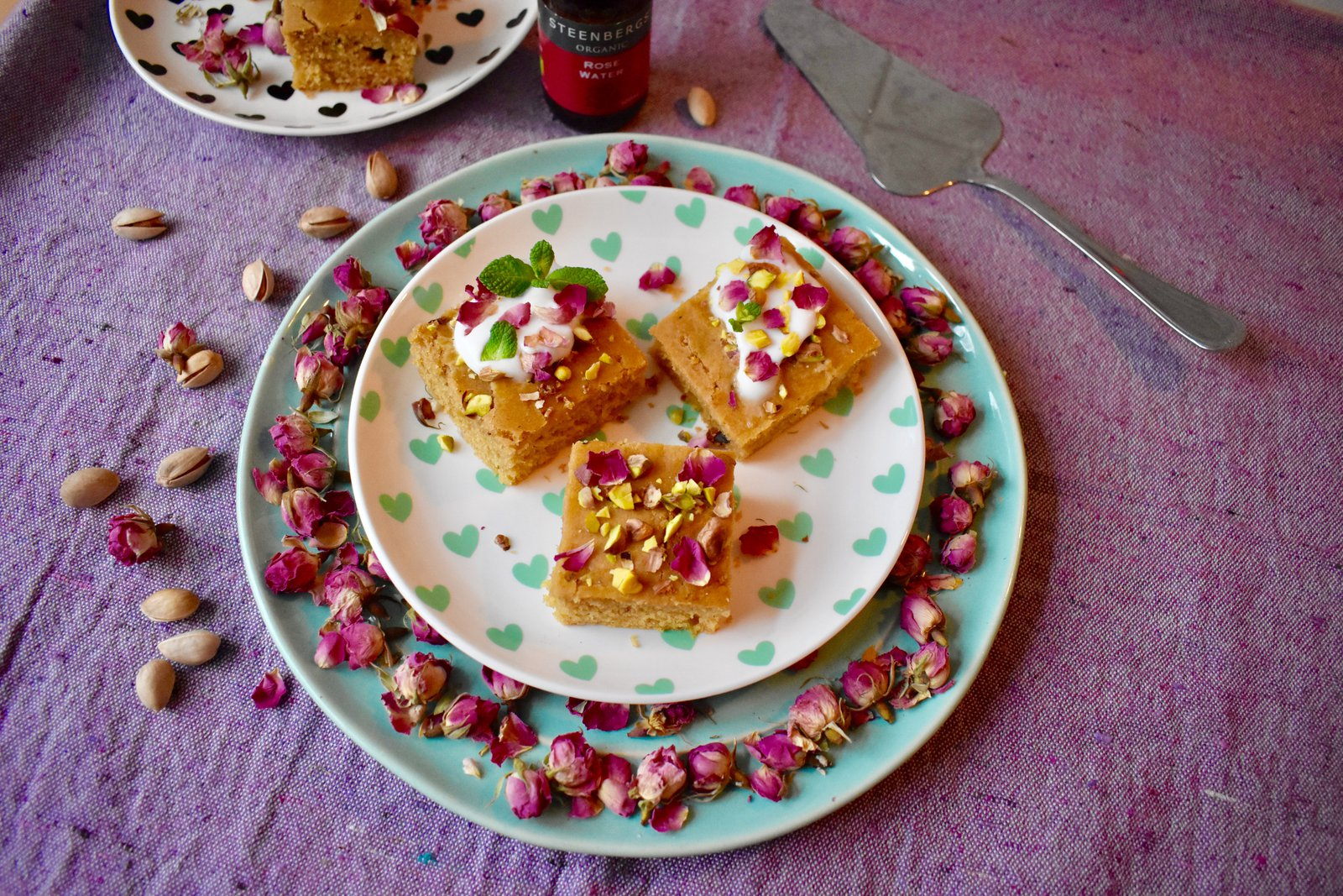 Recipe for Yazdi Squares flavoued with vanilla, rosewater and cardamom
