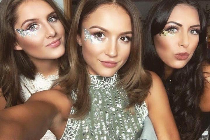 Glitter Masque