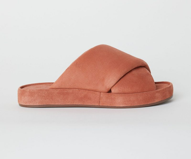 a3041864eb4c2d It s the bigger the better with these oversized H M leather sliders. Not  only will your feet remain comfy all day long