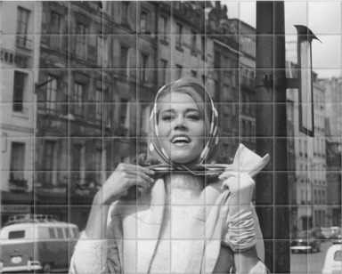 Fonda In Paris