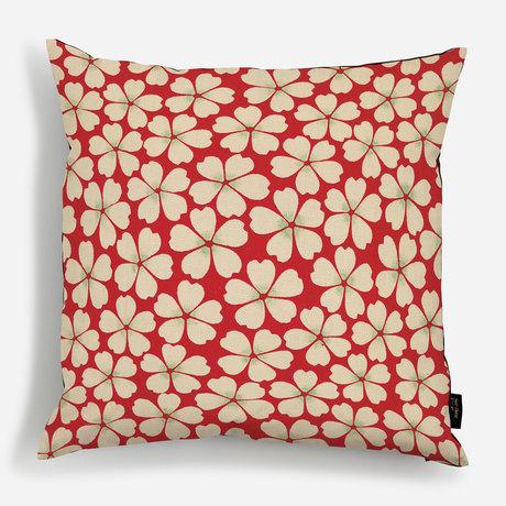 'A Red Daisy Design'