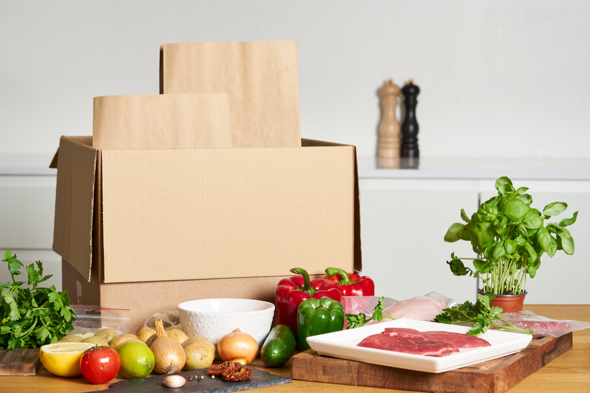 temperature controlled packaging for food