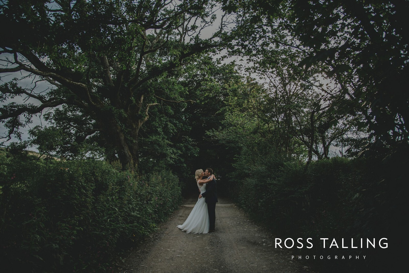 Nancarrow Farm Wedding Photography Cornwall_0211