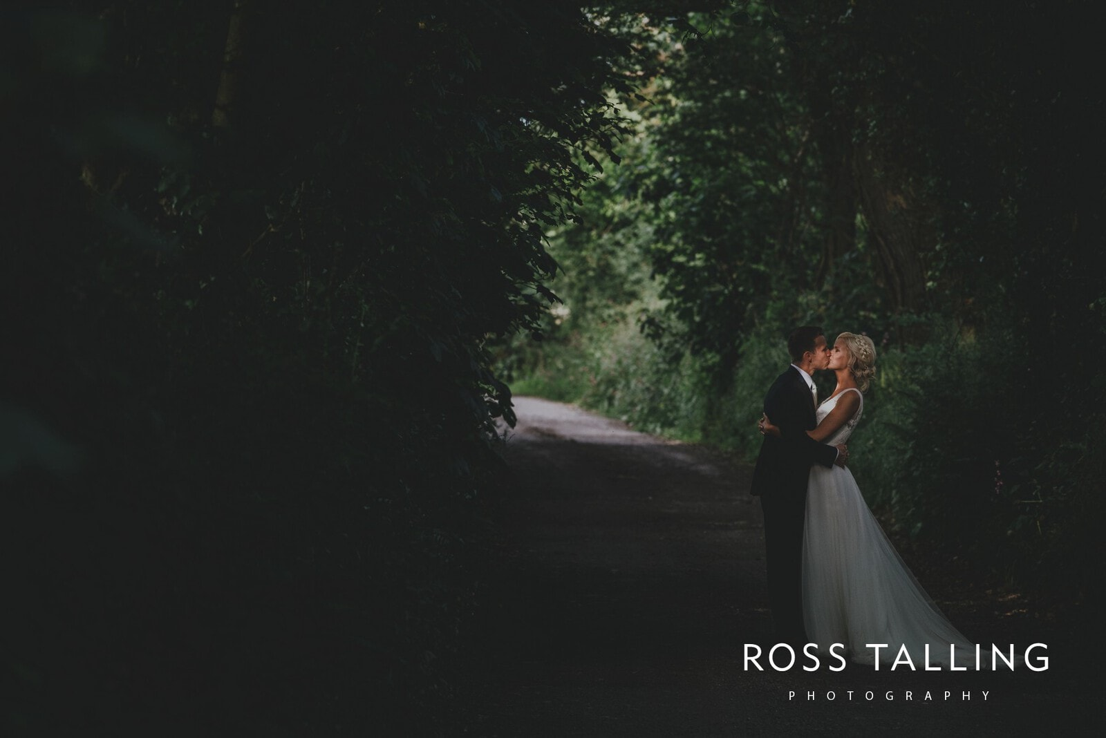 Nancarrow Farm Wedding Photography Cornwall_0209