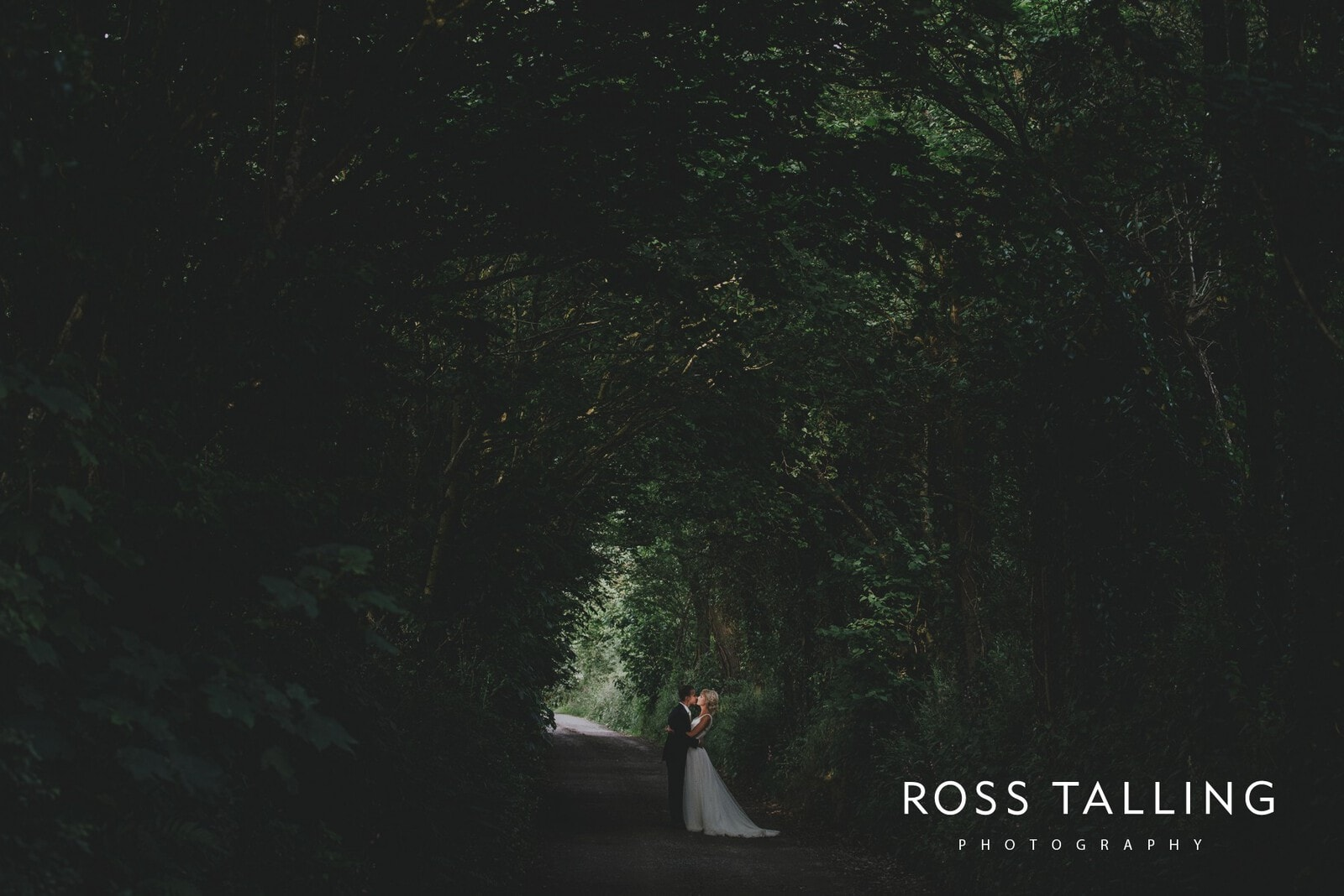 Nancarrow Farm Wedding Photography Cornwall_0210